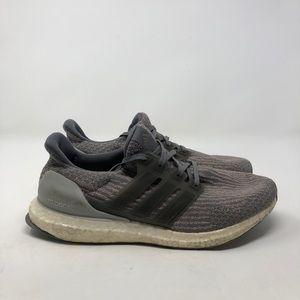 Adidas Ultra Boost. Men's 9